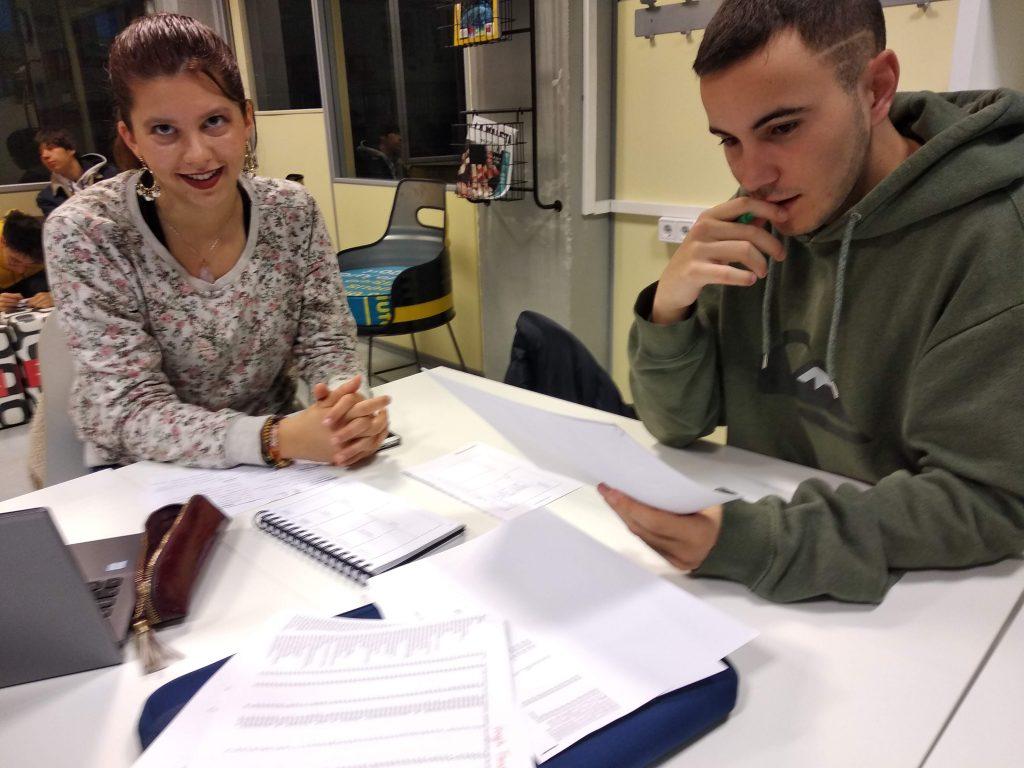 Los alumnos de adep.training traen los deberes hechos